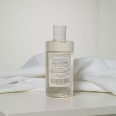 0902020037_999_2-SHAMPOO-ROSE-PETIT-NEW-250-ML