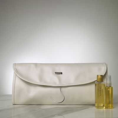 0904010587_142_1-NECESSAIRE-CABIDE-MUST-HAVE